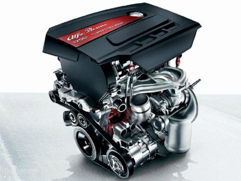 2014 Alfa Romeo 4C-Engine