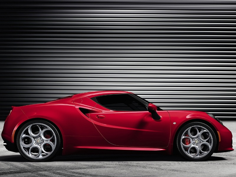 2014 Alfa Romeo 4C-Right View